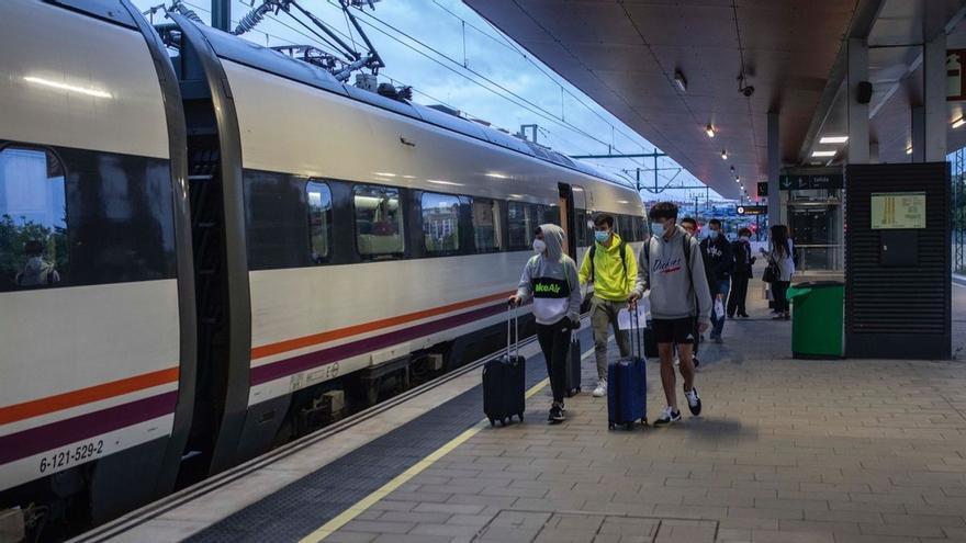 VÍDEO | Así arranca en Zamora el tren madrugador a Madrid este 21 de junio