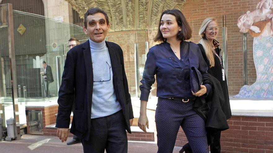 Adriana Domínguez asume el testigo de su padre, Adolfo Domínguez