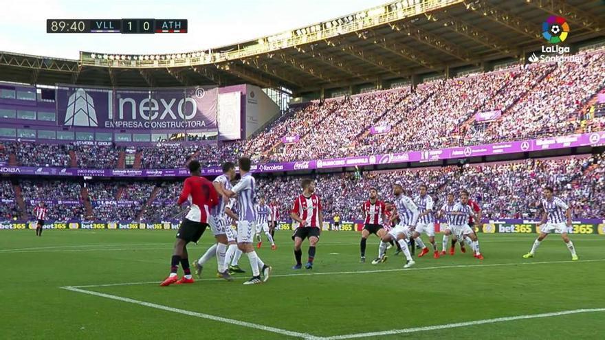 El Valladolid supera al Athletic y abandona el descenso