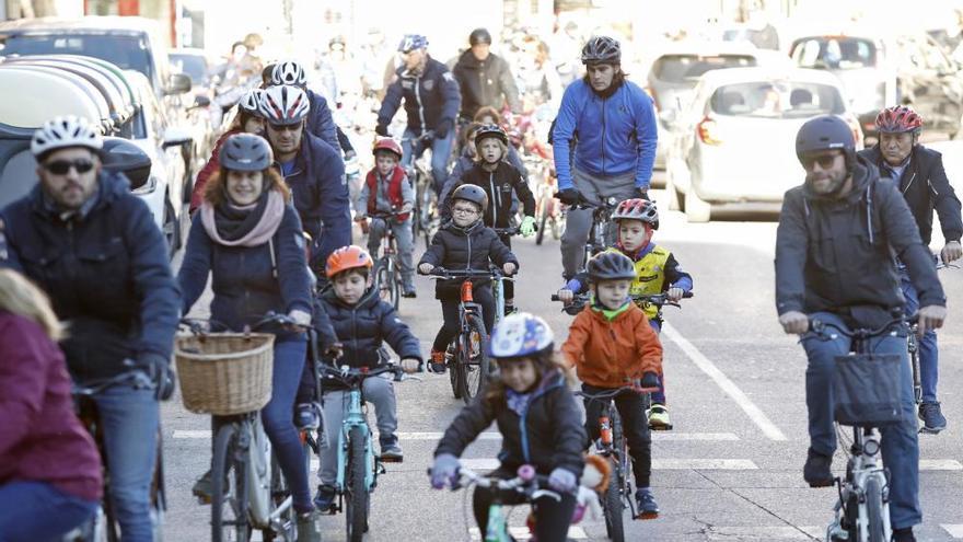 Pedalada per estrenar les bicicletes dels Reis