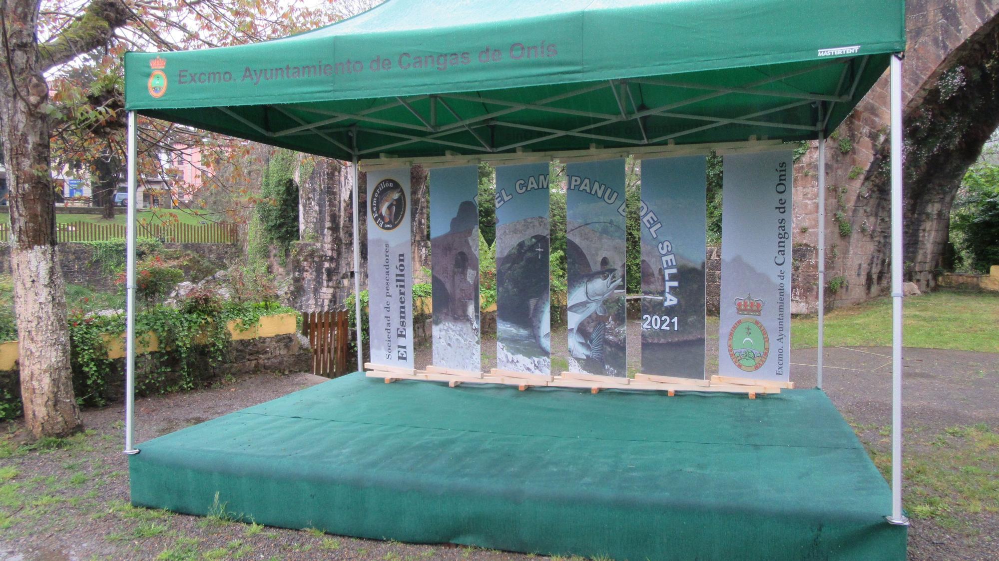 Madrugón a pie de río para sacar el campanu de Asturias
