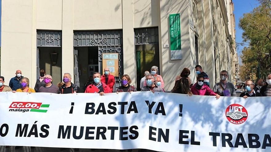 CCOO y UGT exigen investigar el accidente laboral mortal en Vélez