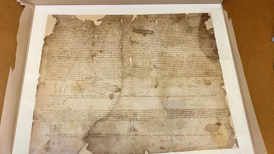 L'Arxiu de Castelló fa restaurar un pergamí del segle XVI i un llibre de comptes del XVIII