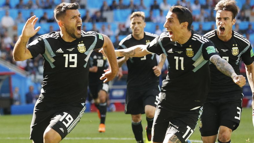 Messi falla un penalti y Argentina choca con Islandia
