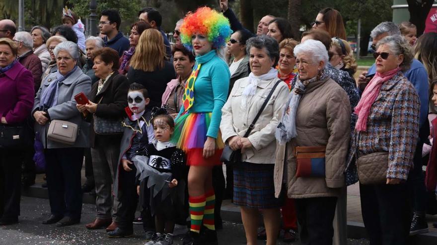 Más de 6.000 personas asisten a la Gran Cabalgata de Carnaval en Córdoba