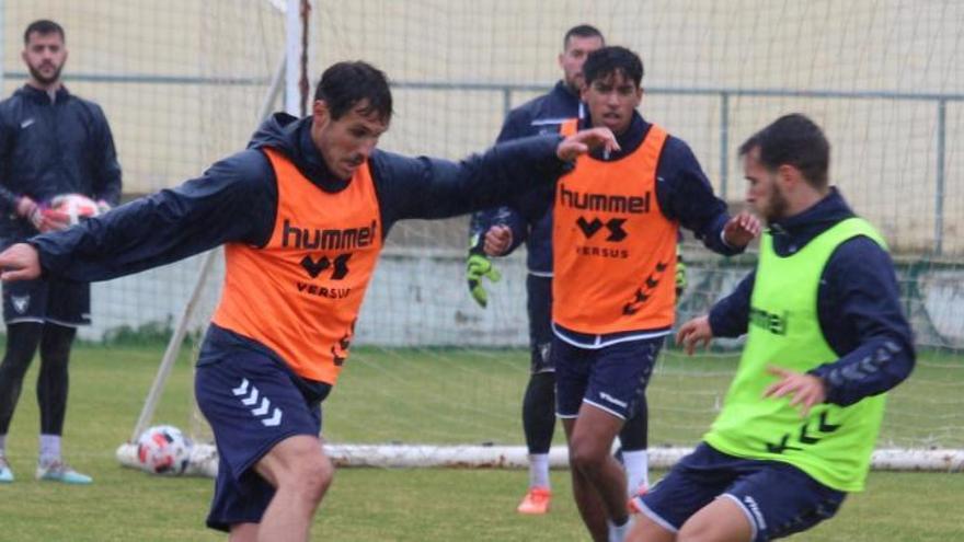El UCAM Murcia CF detecta tres positivos en su plantilla