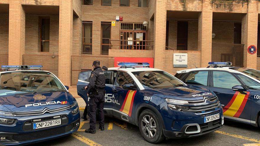La Policía Nacional detiene a un individuo en Elda que intentó robar dos veces una panadería