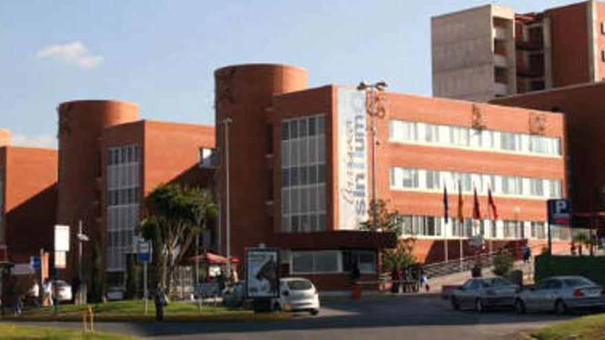 Imputan a otra doctora por la muerte de un menor de 14 años en la Arrixaca