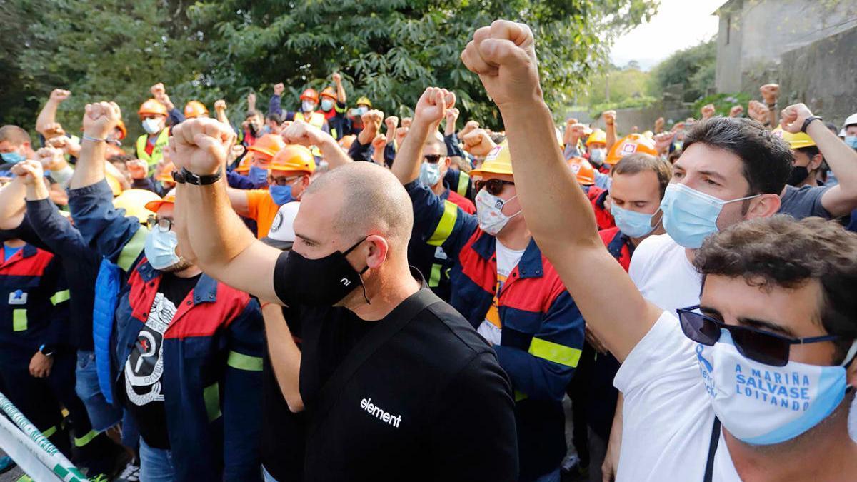 Trabajadores de Alcoa en una protesta