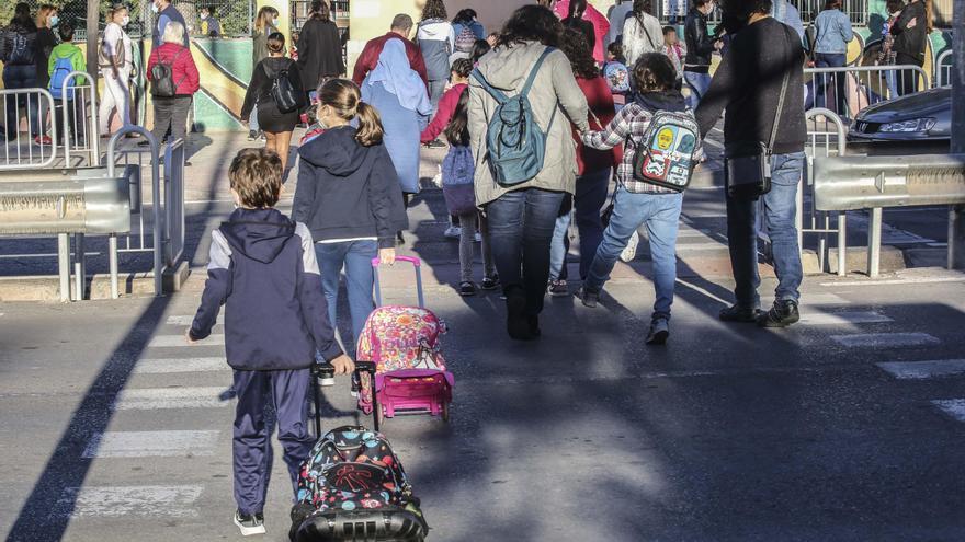 La cifra de contagios covid en colegios apenas varía: 44 alumnos y 6 profesores