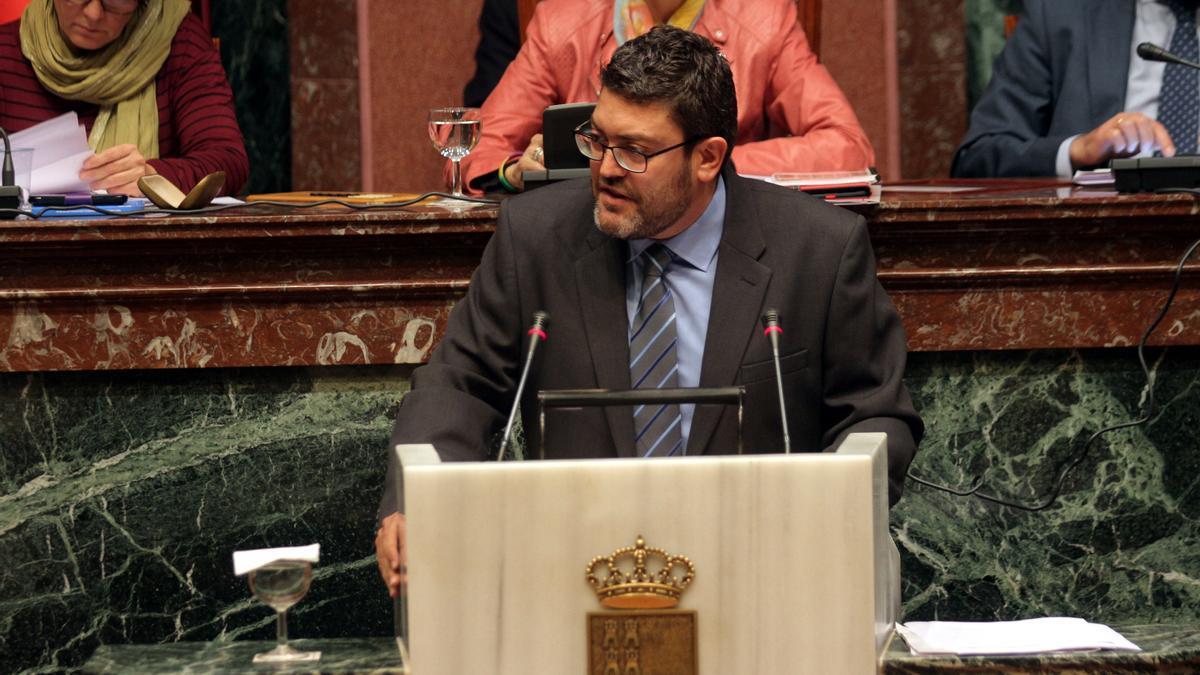Miguel Sánchez, en la Asamblea Regional en 2015