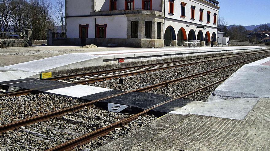 Los trabajos de Vilar de Barrio afectan al tráfico ferroviario desde el día 12 al 14