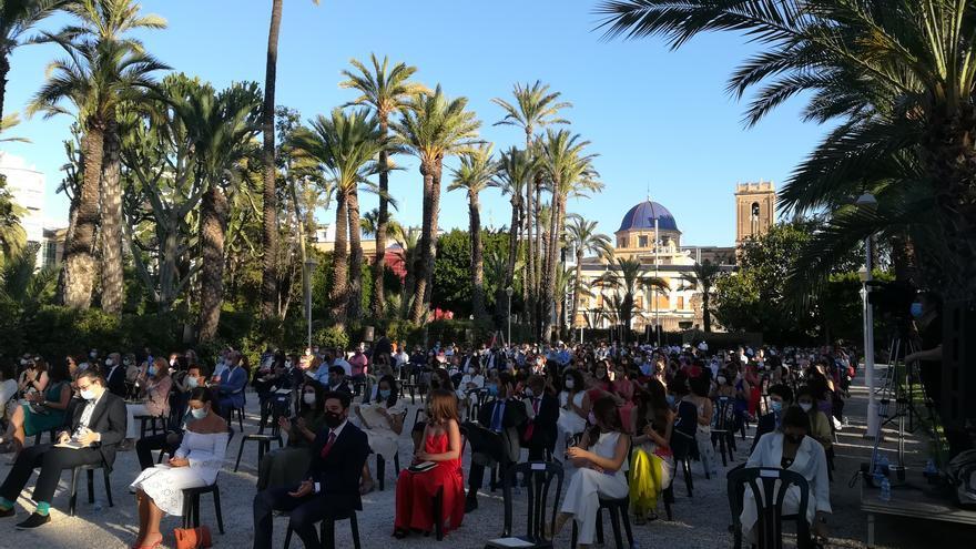 Más de 250 estudiantes se gradúan en la última promoción del CEU de Elche