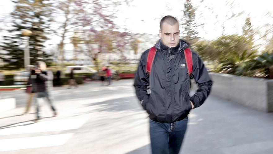 Un exsubdirector del IVAM cobró 4.000 euros por escribirle la tesina a 'Rablaci'