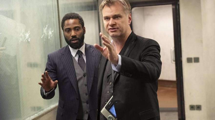 Christopher Nolan rompe con Warner y ficha por Universal