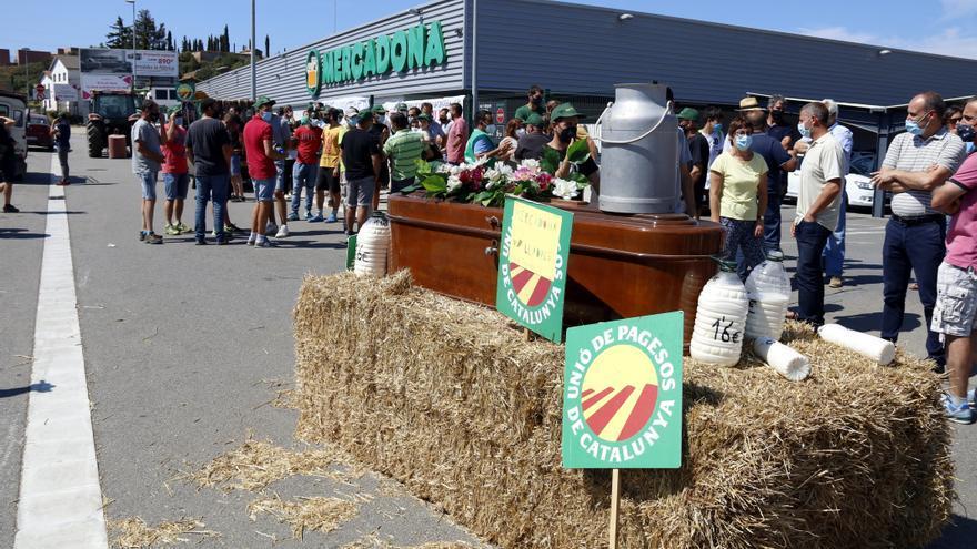 Mercadona apujarà el preu de la llet però Unió de Pagesos ho veu insuficient
