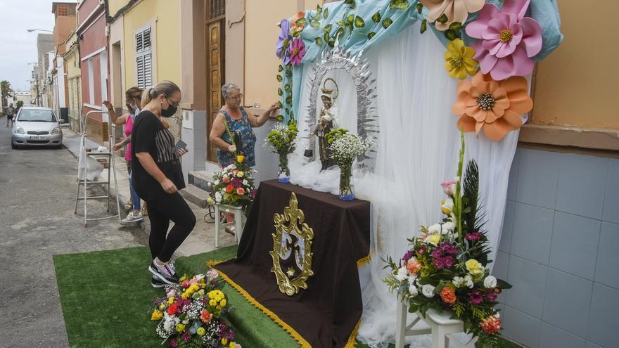 Exposición de altares en La Isleta por las Fiestas del Carmen