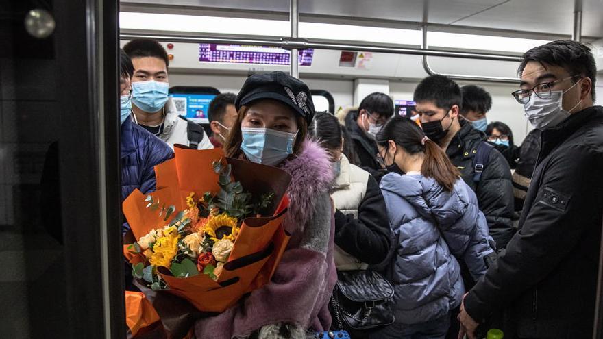 Pekín aísla diez edificios y áreas de la ciudad para controlar los rebrotes de coronavirus
