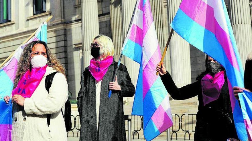 Tres leyes para el LGTBI