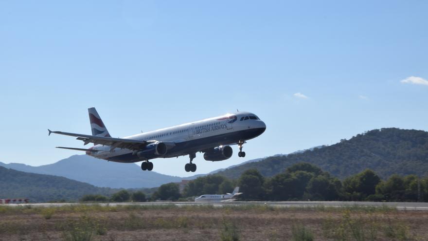 Las aerolíneas más caras ganan cuota con el descuento de residente en Baleares