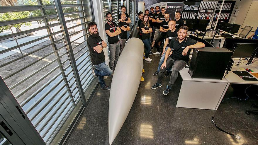 La valenciana PLD Space se compromete a lanzar 30 nanosatélites con su cohete