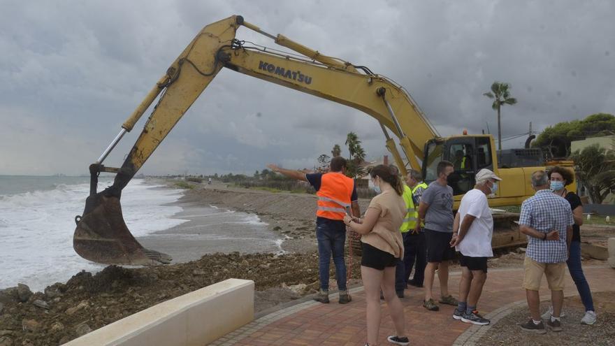 Costas arranca en Almenara las ansiadas obras para blindar el litoral sur de Castellón