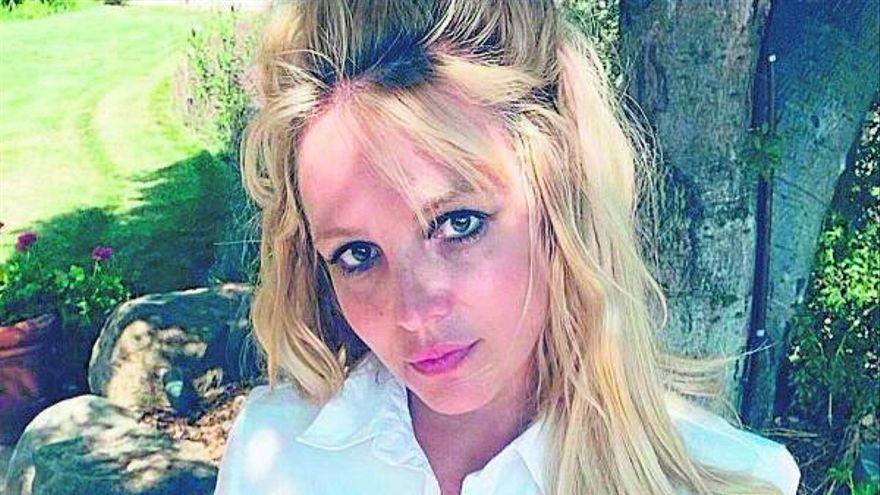 Britney Spears anuncia su compromiso con su novio iraní Sam Asghari