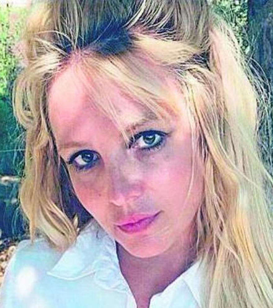 Britney Spears anuncia su compromiso con su pareja, Sam Asghari