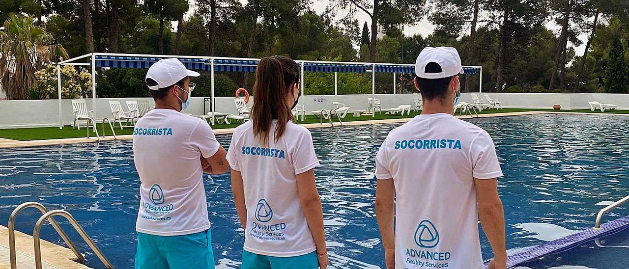 La piscina de Tous se prepara para la campaña veraniega con nuevas medidas sanitarias. | LEVANTE-EMV