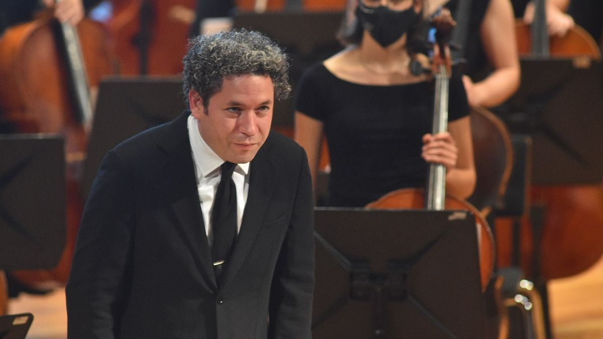 Gustavo Dudamel with the Encounter Orchestra.