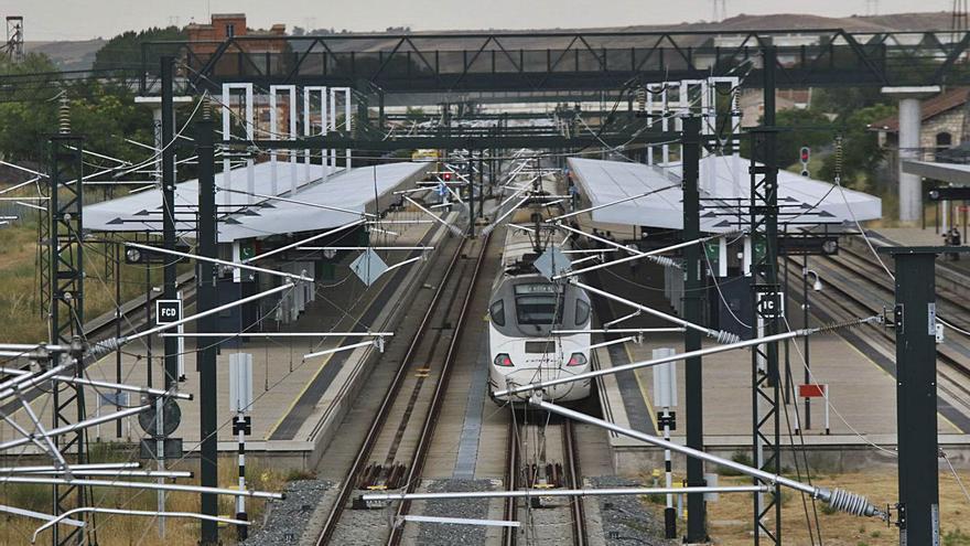 ADIF conectará por un ramal en Olmedo las líneas de AVE de Zamora y Valladolid