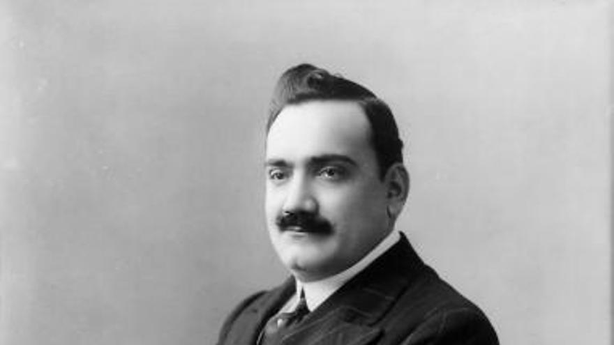 Caruso, el tenor que fumava