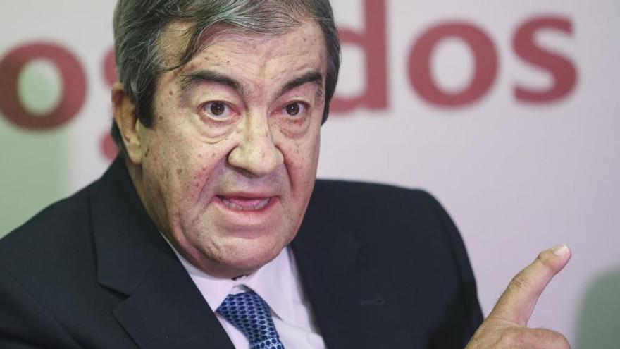 Álvarez Cascos comparecerá en la Comisión de Investigación por la supuesta financiación ilegal del PP