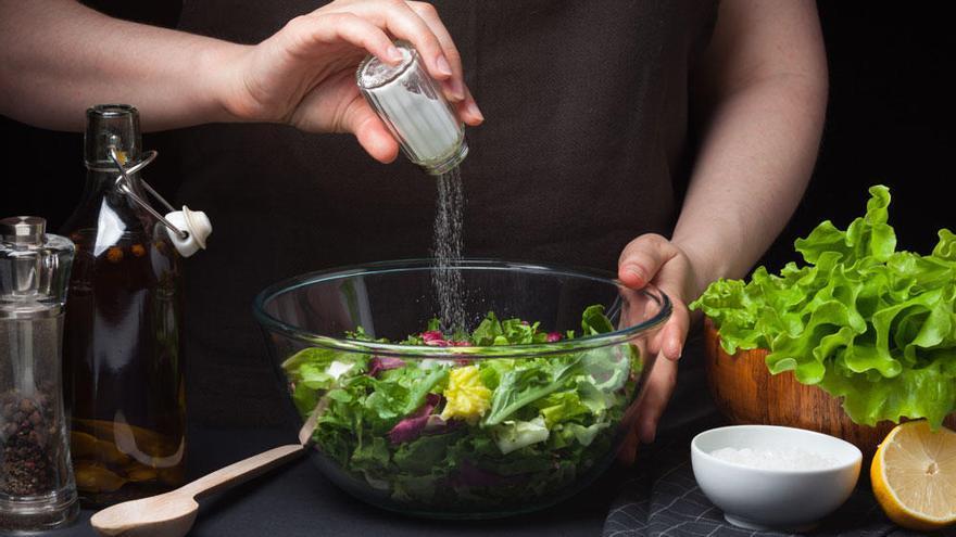 Contaminación en nuestra mesa: Ingerimos 5 gramos de plástico cada semana