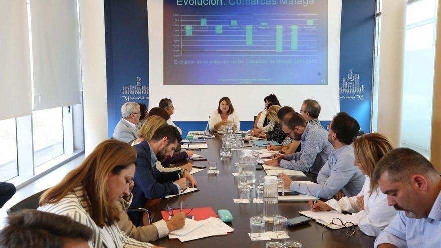 La Diputación pide al Gobierno impulsar el transporte ferroviario en Ronda