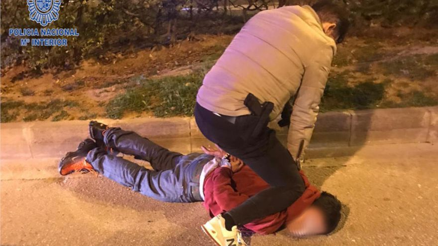 La Policía sorprende in fraganti a un atracador en la calle Manacor