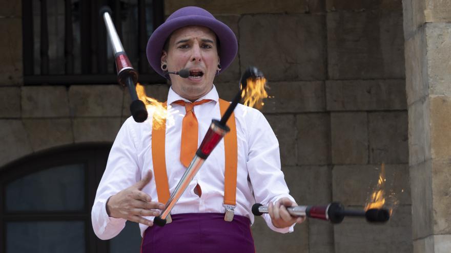 El circo despliega su magia en Avilés