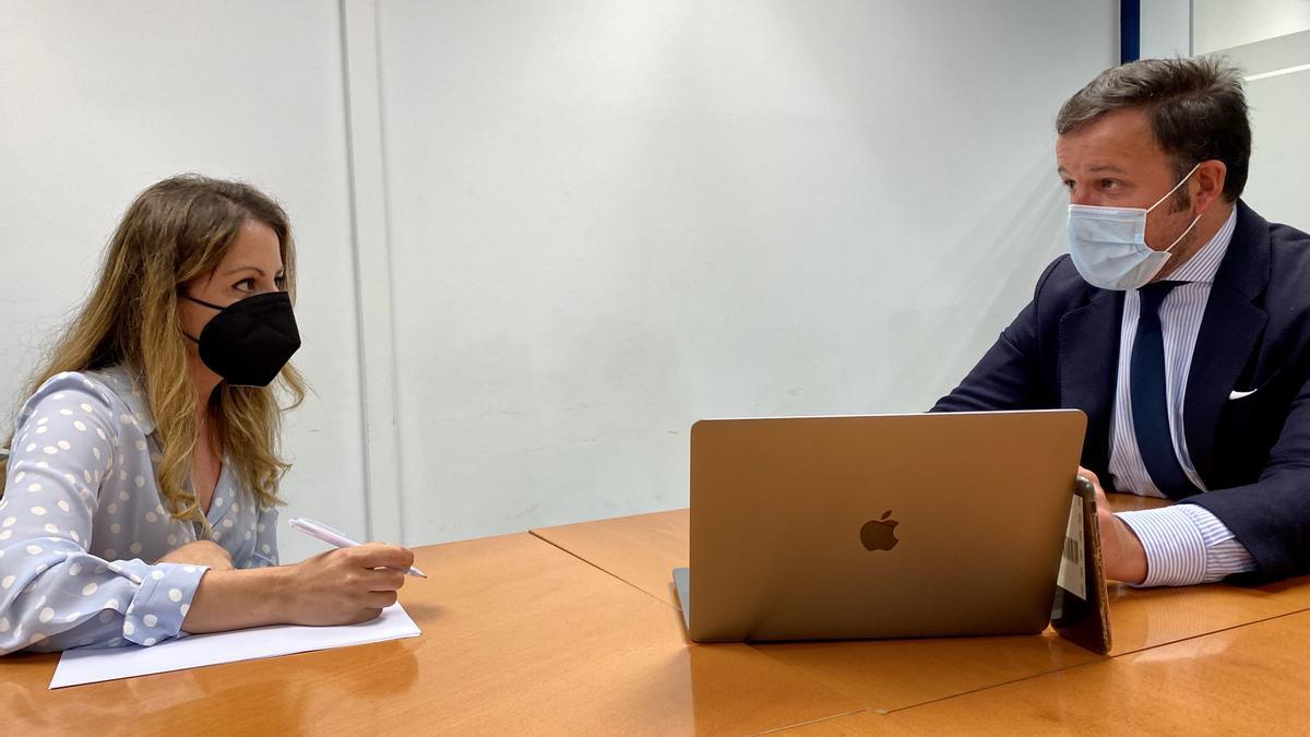 Inma Mora junto a Pablo Ruz