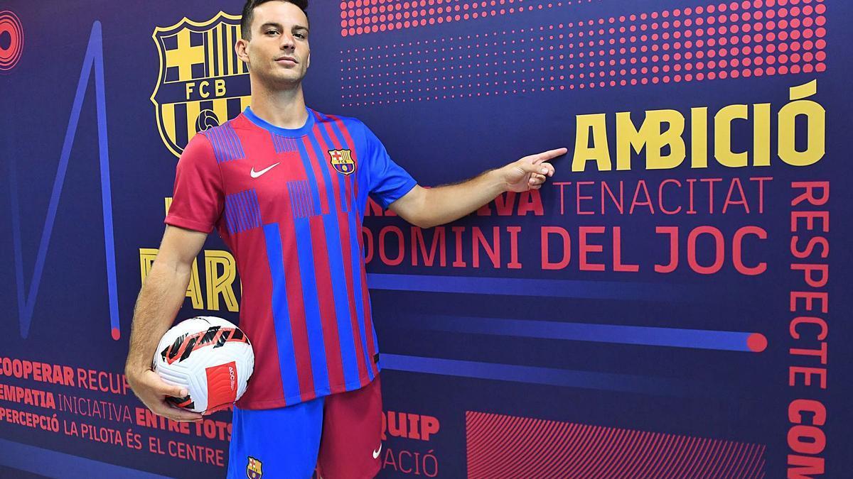 Ángel Rodado, en su presentación como jugador del Barcelona. |  // PACO LARGO