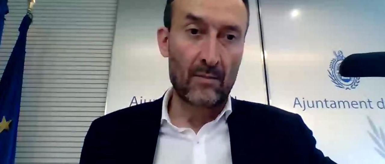 """Carlos González: """"No podemos entender aún por qué Elda sí y Elche no"""""""