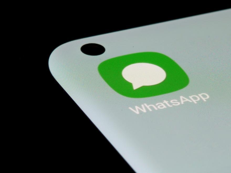 La estafa que busca robar tu cuenta de WhatsApp con un SMS