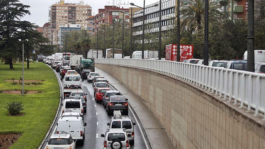 La polución castiga a los vecinos de 33 grandes avenidas y plazas de València