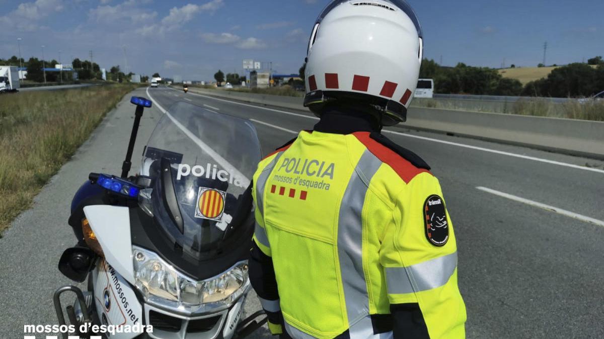 Els Mossos han denunciat la conductor del transport de viatgers