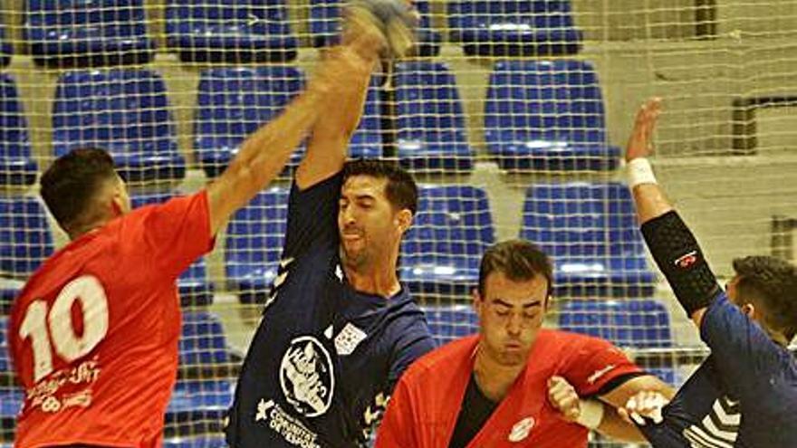 El Fertiberia devuelve la victoria a domicilio al Eón Horneo Alicante (29-32)