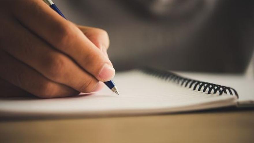 Acaba la moratòria de l'IEC per reduir a quinze els accents diacrítics