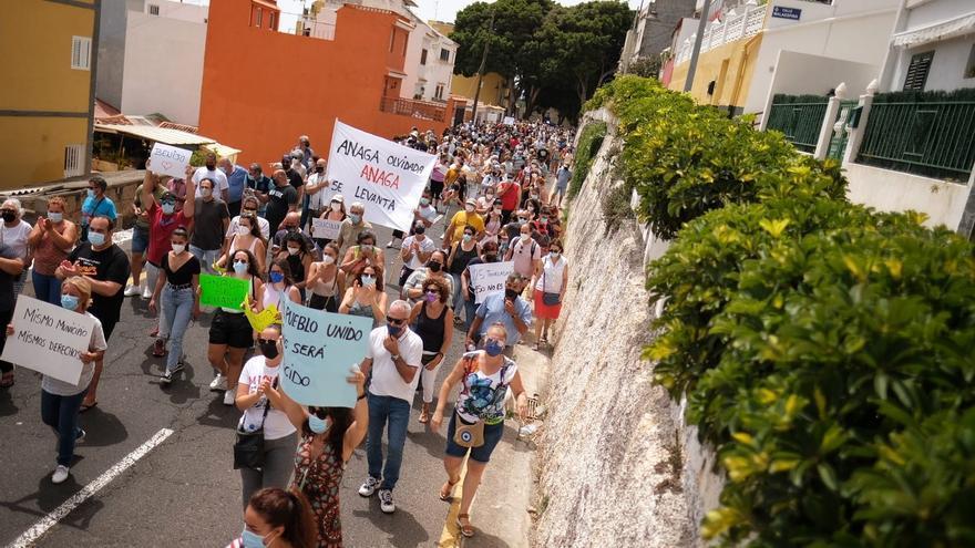 Manifestación de los vecinos de Anaga en San Andrés
