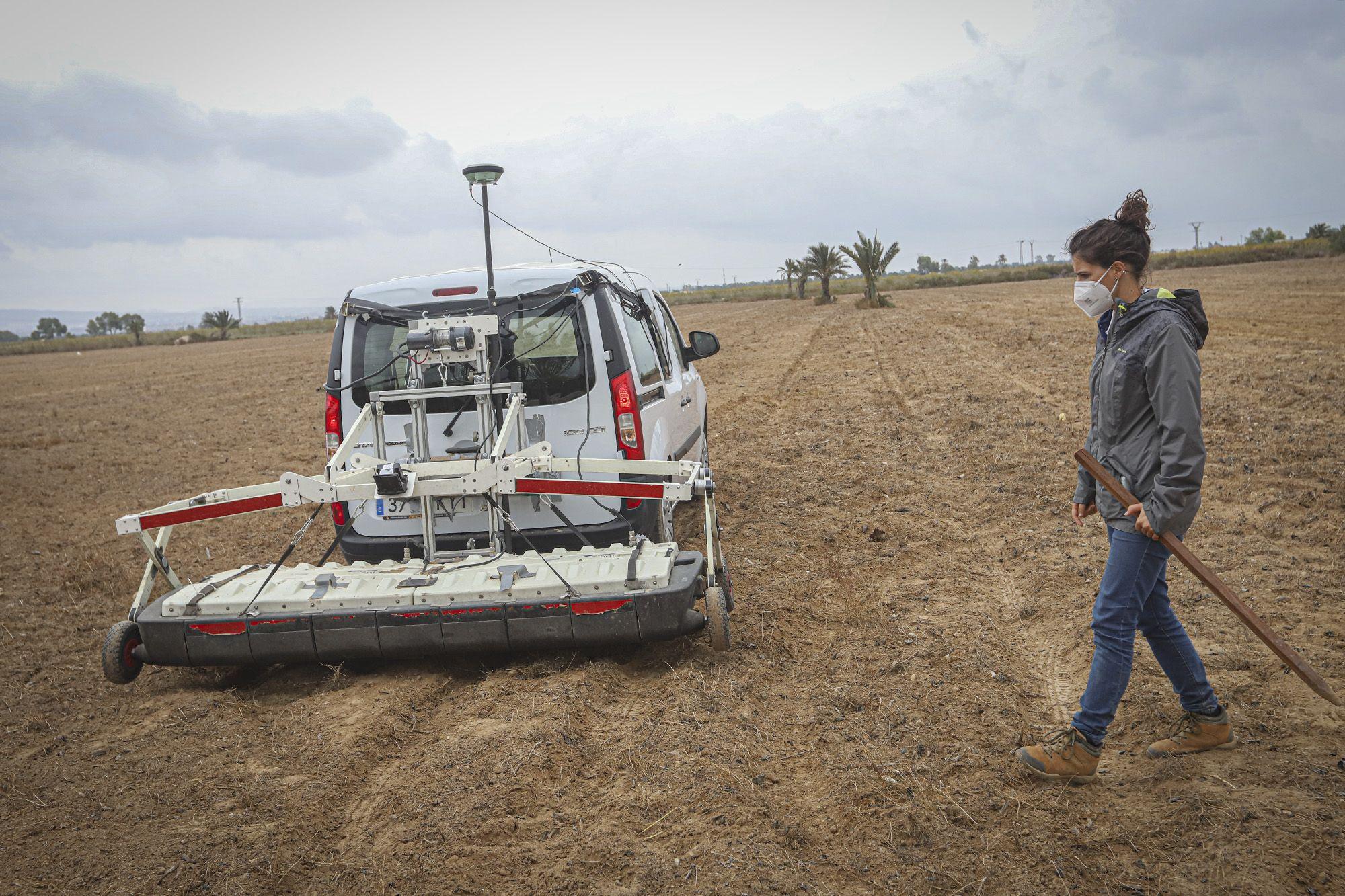 Un georradar busca la fosa común en el campo de concentración de Albatera