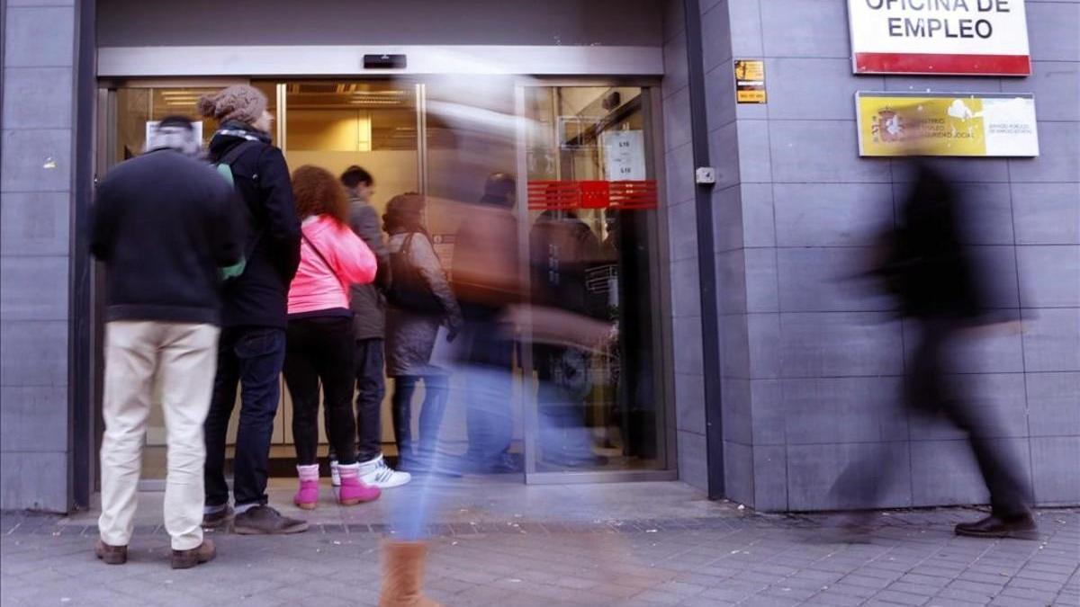 España vuelve a superar los 19 millones de afiliados