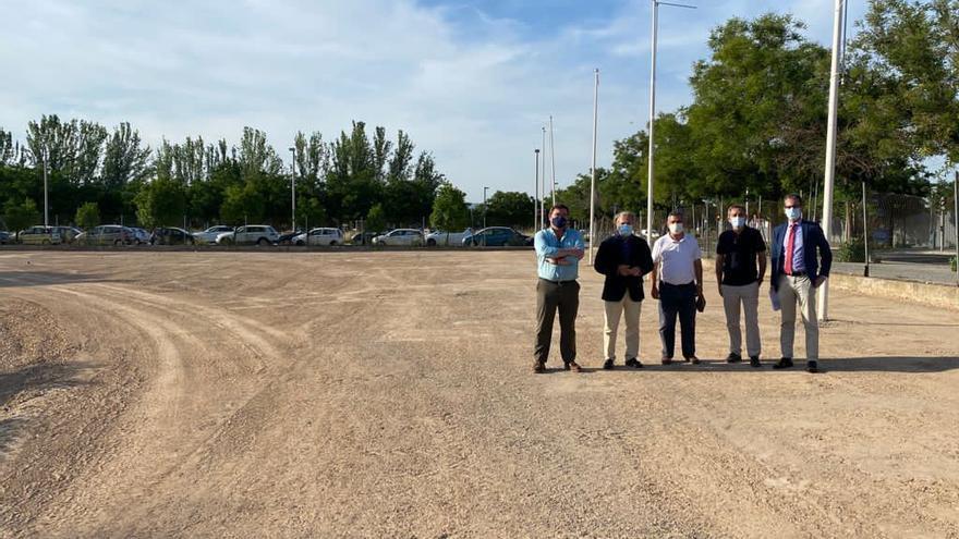 Habilitado un aparcamiento con 107 plazas en la avenida del Campo de la Verdad