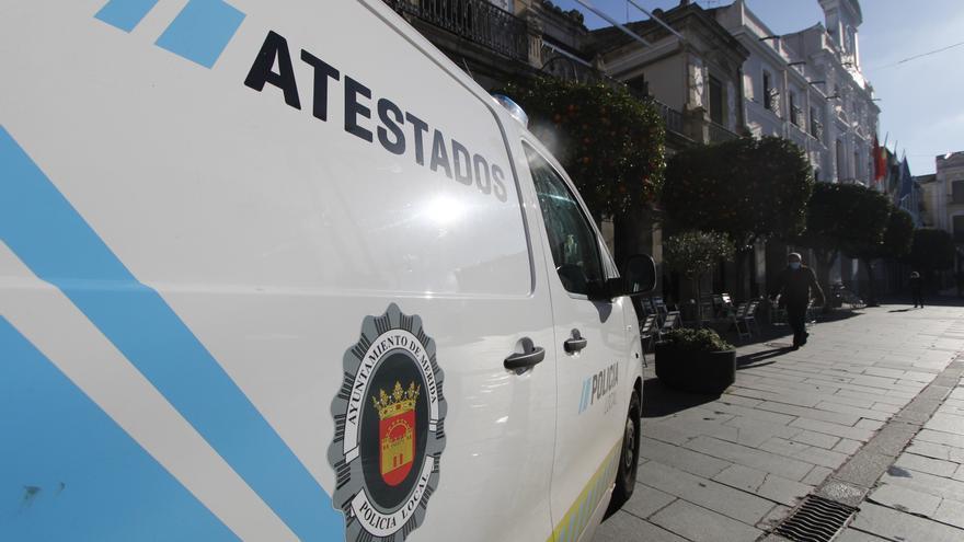 La policía local interpone cinco denuncias por beber en la vía pública